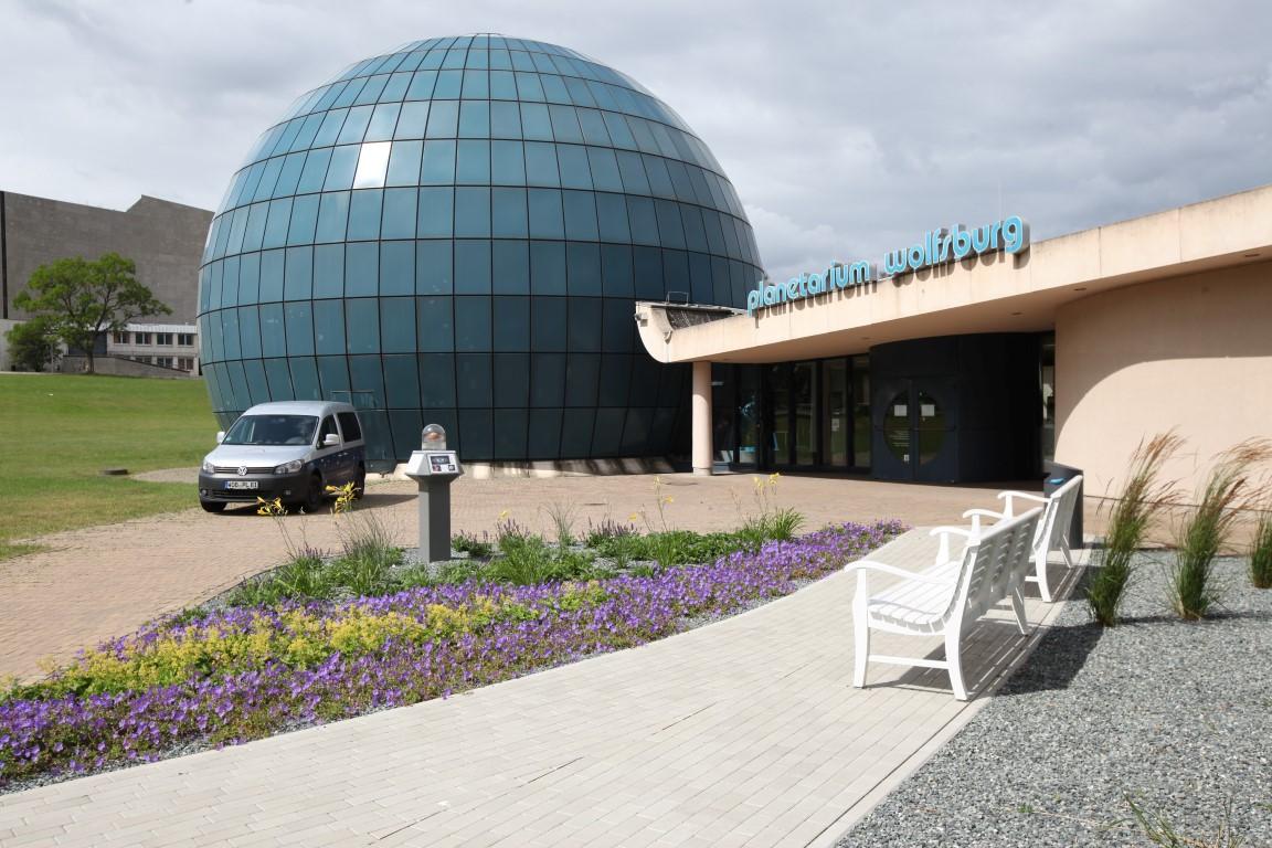 Licht und Wahrheit - Eine Kooperation zwischen Kunstmuseum und Planetarium